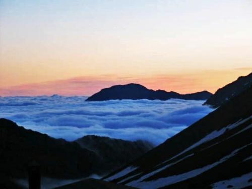 Atlas Mountains 8,000 ft.(photo)